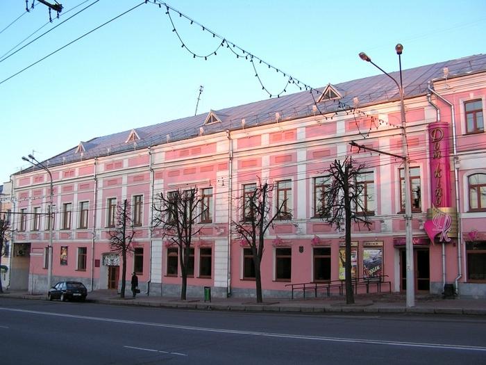 Будынак кінатэатра «Рэкорд», дзе ў Віцебску ў 1919-1920-х знаходзіўся Тэрэўсат // фота: evitebsk.com