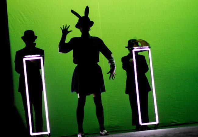 http://ziernie-performa.net/blog/2016/09/07/lektsii-ot-izvestnyh-teatralnyh-kritikov-v-shkole-tearta/