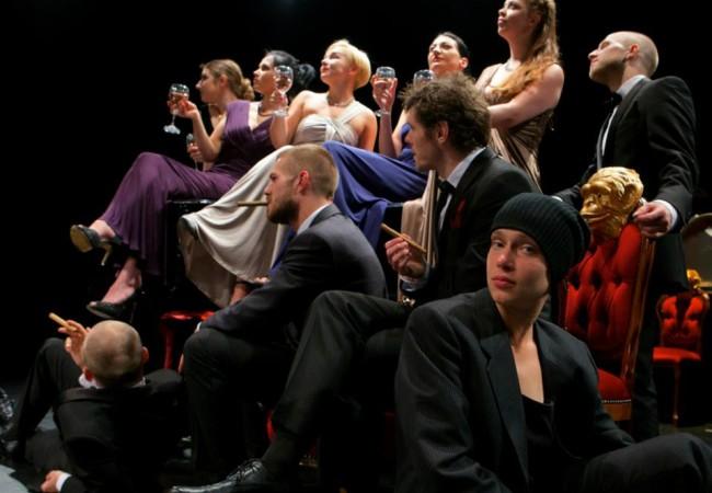 http://ziernie-performa.net/blog/2016/05/17/cena-deneg-prisutstvie-tut-i-teper/